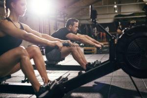 spieren trainen op de roeitrainer