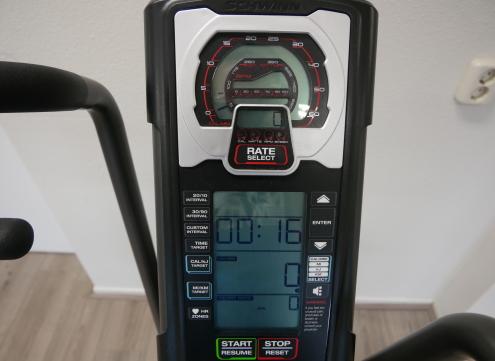 display van AD8 Pro